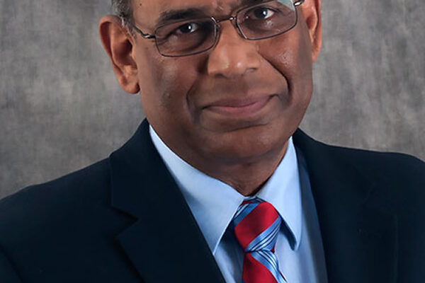 Samaranayake receives Governor's Award for Excellence in Education