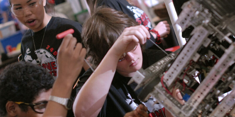 Robot builders come to Missouri S&T for FIRST Tech Challenge