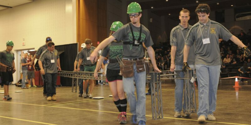 S&T's Steel Bridge Design Team to compete at nationals
