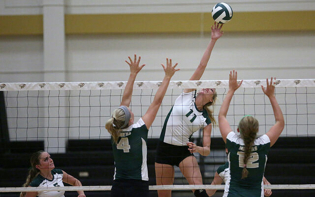 Volleyball team headed to NCAA tournament