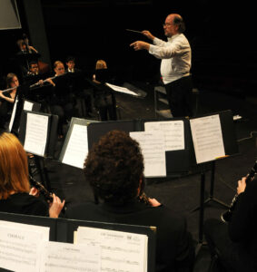 2008 11 16 wind symphony edit file DSC_3237