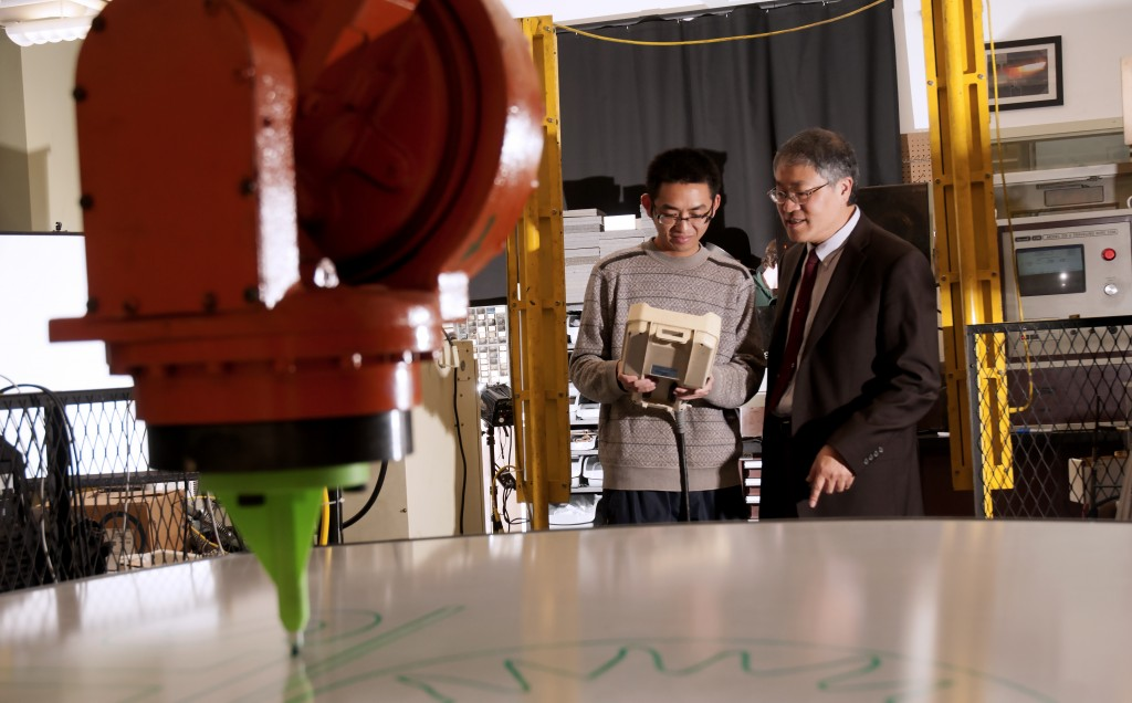 Professor Frank Liou, right, is working with professor Jagannanthan Sarangapani to use 3-D printers to make new materials that are not currently in existence.