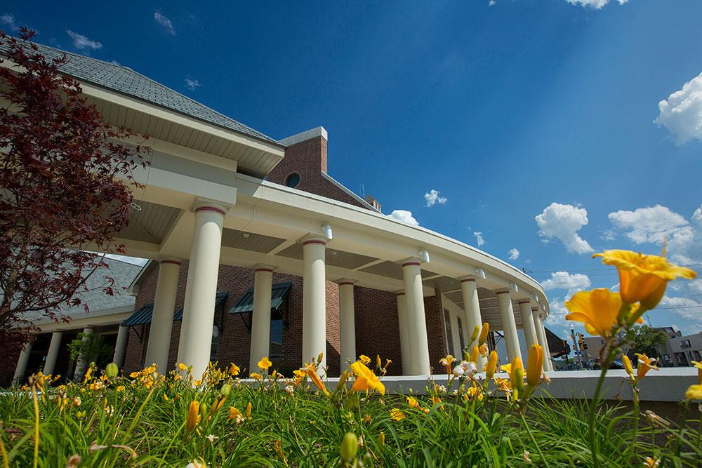 20150610-Hasselmann-Alumni-House-Landscaping-012