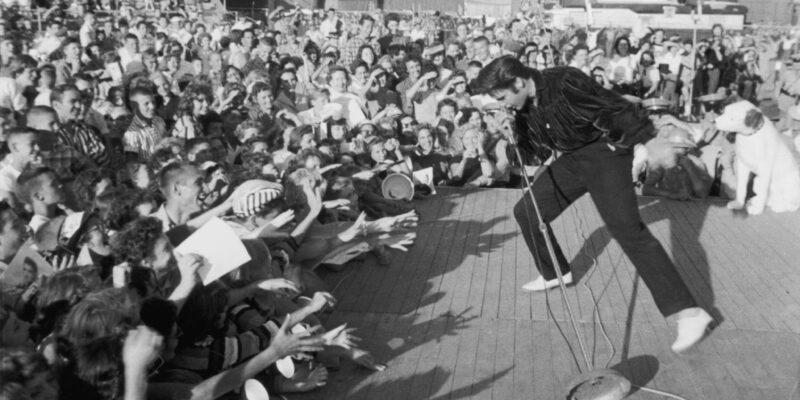 Elvis' first venture to Las Vegas flopped, writes historian