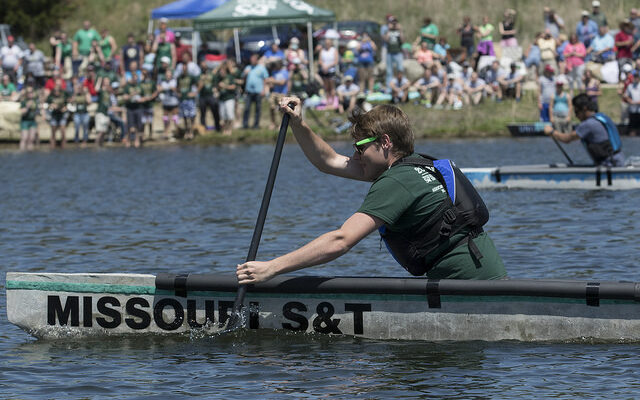 S&T's Concrete Canoe Design Team earns high finish