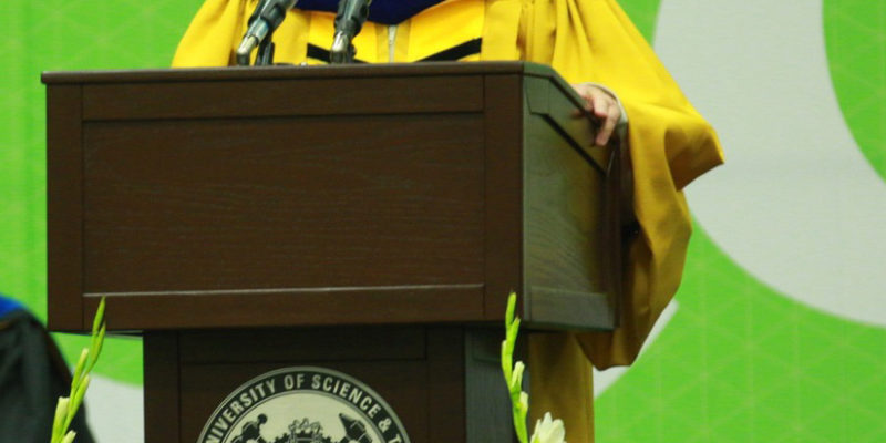 Voss stresses thinking, safety and diversity at S&T commencement