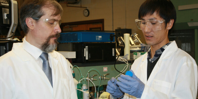 Missouri S&T researcher works to develop nanodiamond materials