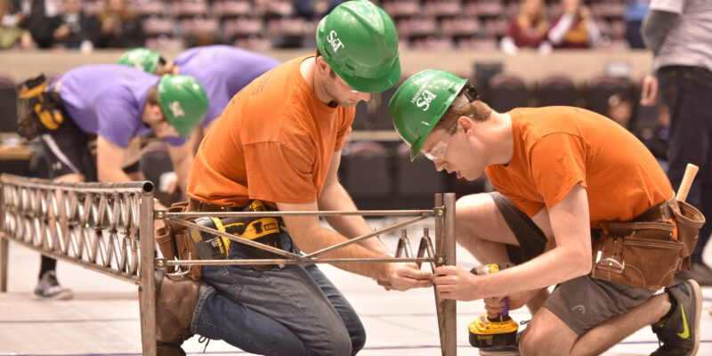 S&T's Steel Bridge team wins regional competition