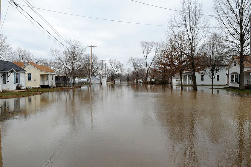 Missouri S&T researchers are using deep learning to design smarter ways to evacuate during floods, such as this 2008 event that flooded neighborhoods along the Meramec River in eastern Missouri. Photo by Jocelyn Augustino/FEMA