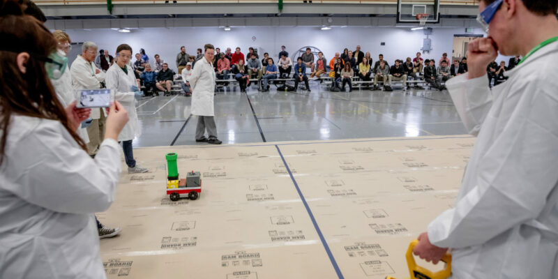 Missouri S&T's Chem-E-Car earns second in international competition