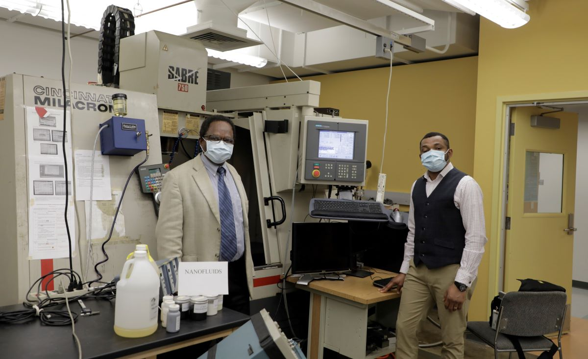 Drs. Anthony Okafor and Monday Okoronkwo in the lab
